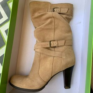 Tan suede boots by Kelly & Katie